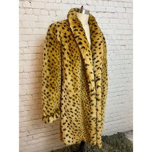 Vintage 90s leopard faux fur coat Medium Large